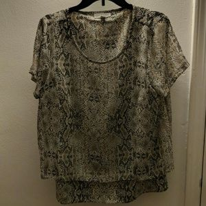 Snakeskin pattern dressy short sleeve blouse